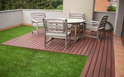Césped artificial para decorar terrazas