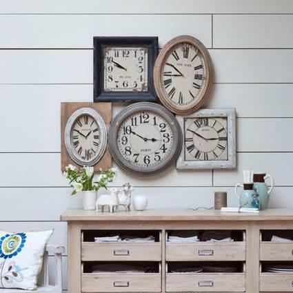 Decorar con relojes decoraci n de interiores y - Relojes para decorar paredes ...