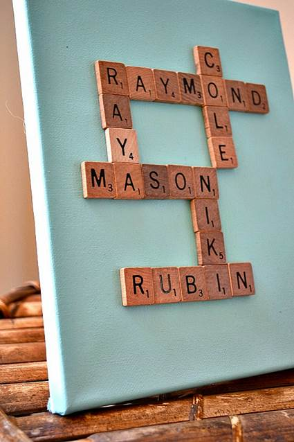 Un cuadro con letras de scrabble decoraci n de - Scrabble decoracion ...