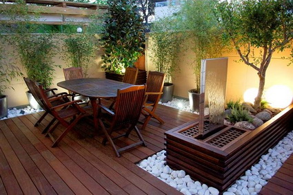 Ideas para patios peque os decoraci n de interiores y Jardines verticales para patios pequenos